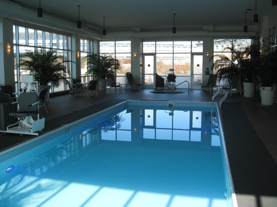 The Chattanoogan : Interior pool