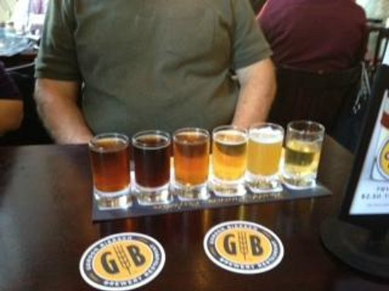 Gordon Biersch Brewing Company : Beer sampler