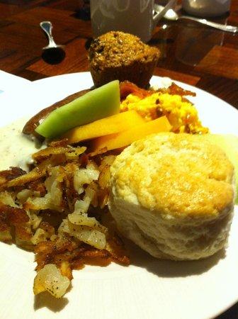 Little America Hotel Flagstaff: Breakfast buffet - yummy