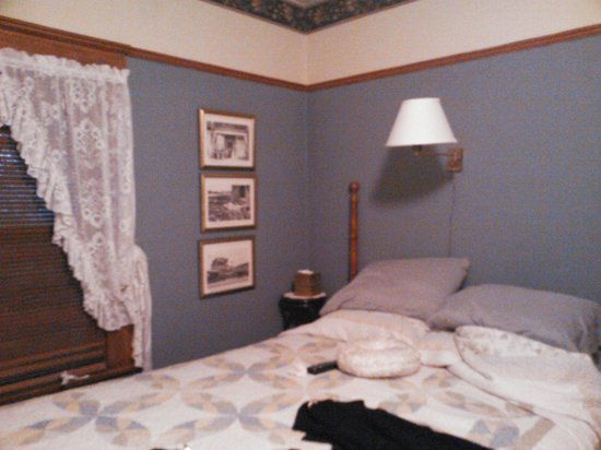 Carole's Bed & Breakfast Inn: the comfortable bed