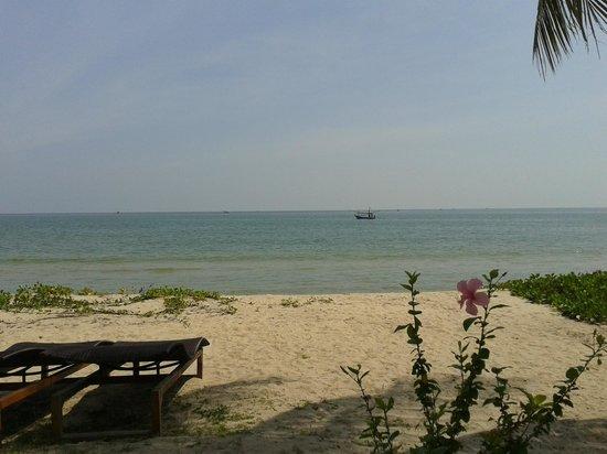 NishaVille Resort : Beachfront