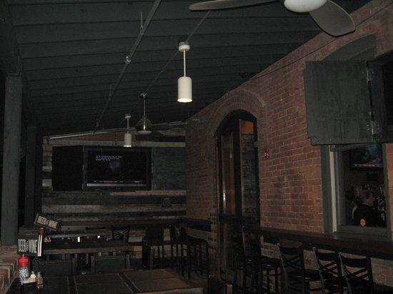 Urban Stack : Galley entering restaurant