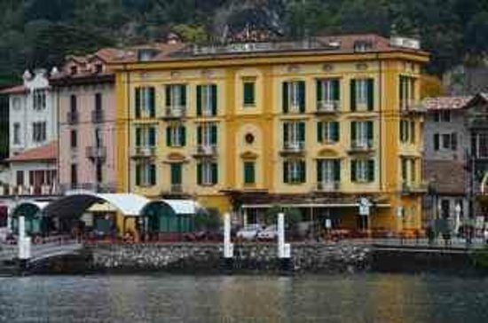 Hotel Olivedo: View of Hotel From Lake