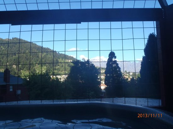 Pinewood Lodge: View from the hot tub!