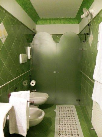 Casa Cosenza: bathroom
