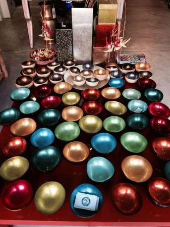 Louise Loubatieres: The colorful coconut shells