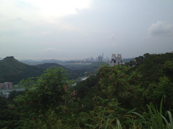 Wutong Mountain: Вид на Шеньчжень