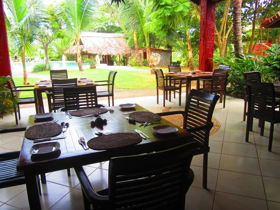 Popa Paradise Beach Resort: Dining Area