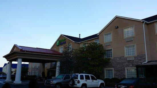 Holiday Inn Express Alcoa (Knoxville Airport): Holiday Inn, Alcoa