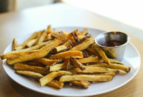 Madeleine's: Fries