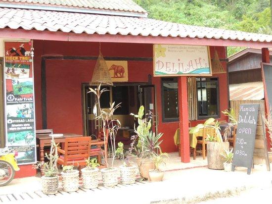 Delilah's Place: Front entrance