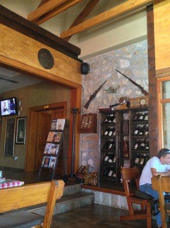Restaurant Koliba Bogetici: inside