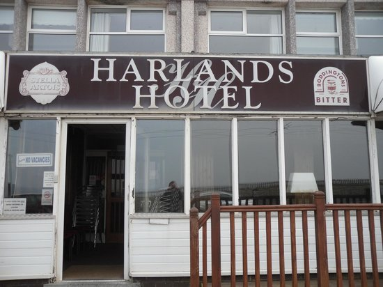 Harlands Hotel: Front Sign