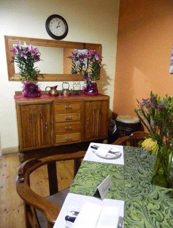 The Vine: Cosy Restaurant Area