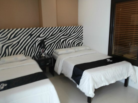 Hotel Camila: Safari-inspired room