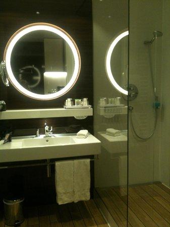 Lindner Congress Hotel: Bathroom