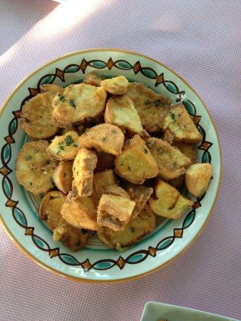 Gli Aromi Sicily: Pane fritto con uovo.