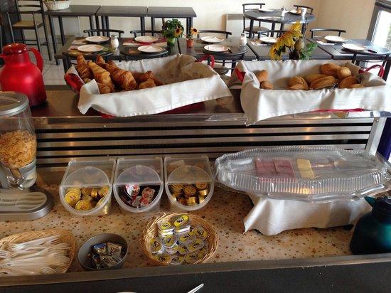 Hotel de la Basse Sambre: Buffet petit déjeuner.