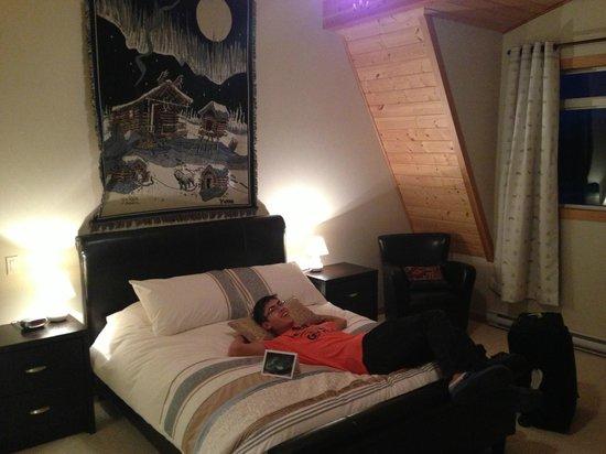Takhini River Lodge : Bedroom