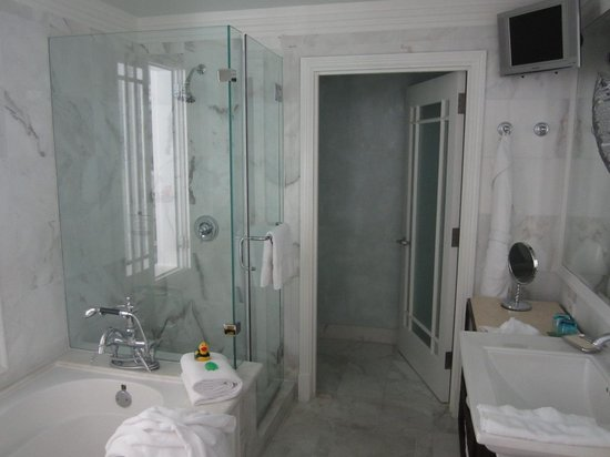 Hotel Casa del Mar: La salle de bains