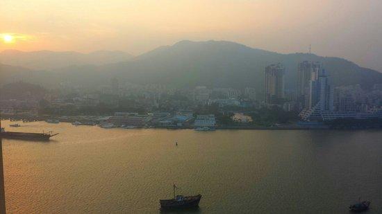 Sofitel Macau at Ponte 16 : Blick über den Hafen