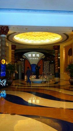 Sofitel Macau at Ponte 16 : Casion Eingang