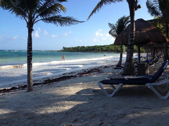 Grand Palladium White Sand Resort & Spa: Strand
