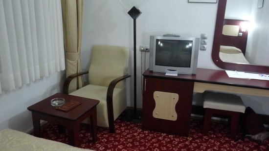 Altinoz Hotel: slaapkamer
