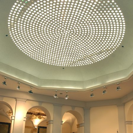 Palazzo Santa Chiara: Il foyer   vista lucernario