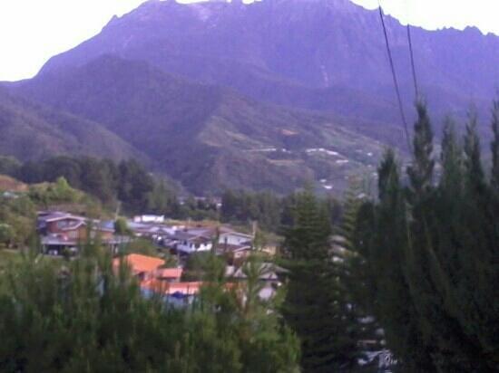 Kinabalu Pine Resort: Nice view of mount kinabalu