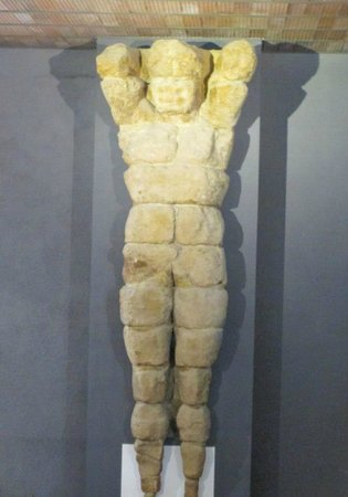 Archäologisches Museum: colosso del tempio di giove