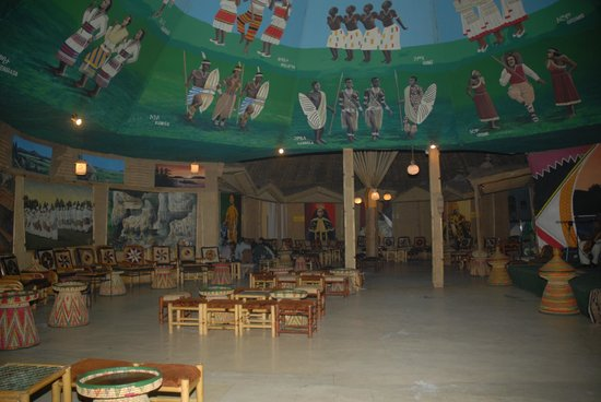 Crown Hotel: traditional dance hall