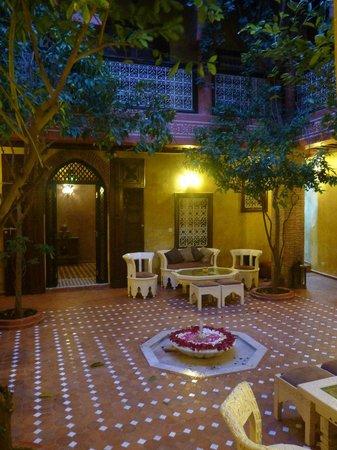 Riad Samsli : beautiful courtyard