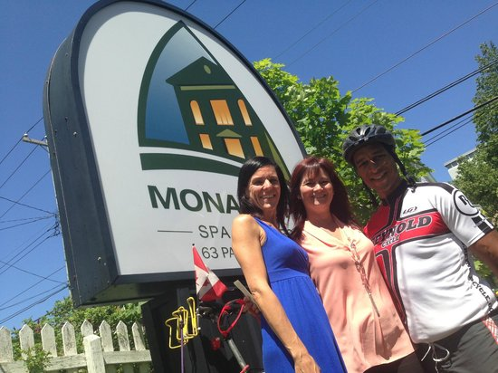 Monastery Spa & Suites: Leanne and I with General Manager Michelle Melee