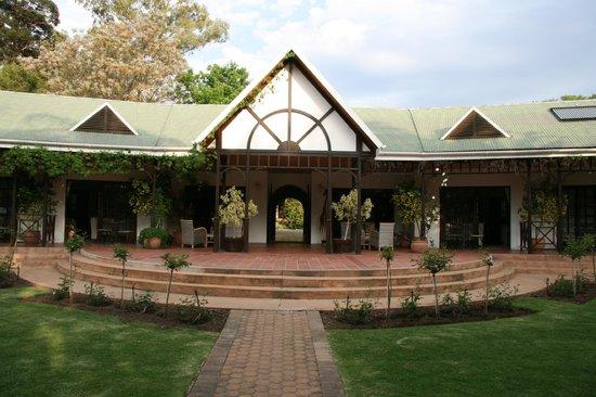 Hlangana Lodge : Gartenbereich