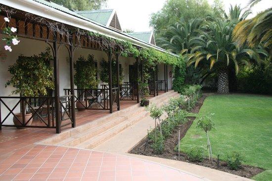 Hlangana Lodge : Zimmer von außen