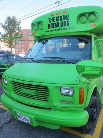 The Maine Brew Bus: Bus exterior:  front!