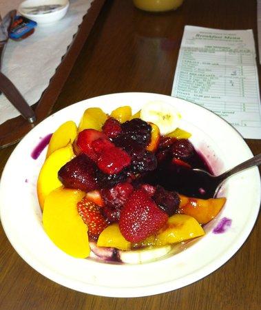 Balranald Colony Inn Motel : fresh fruit, yum