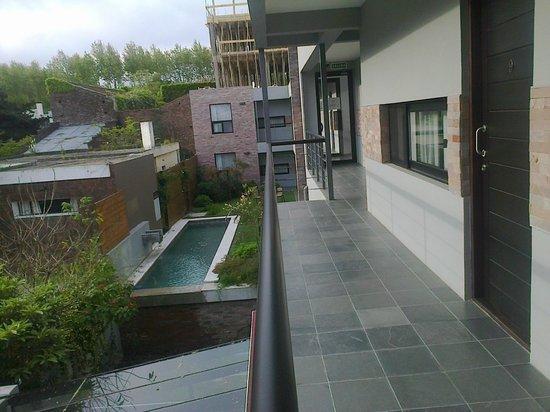 Posada Las Terrazas: Vista a la piscina