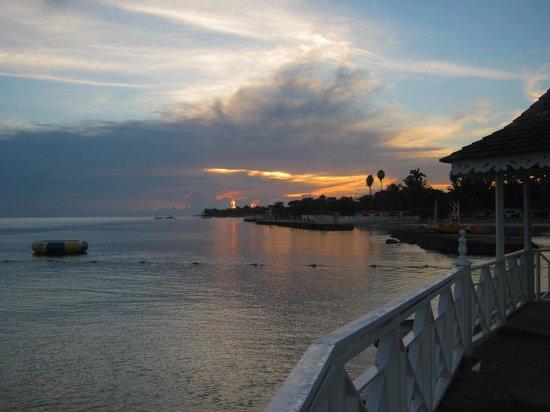 Royal Decameron Club Caribbean: Sunrise at Club Caribbean