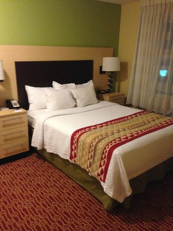 TownePlace Suites Tampa Westshore/Airport : Bed