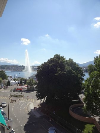 Le Richemond, Geneva Dorchester Collection : vue balcon