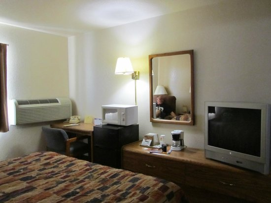 Super 8 Las Cruces/White Sands Area : room wiew