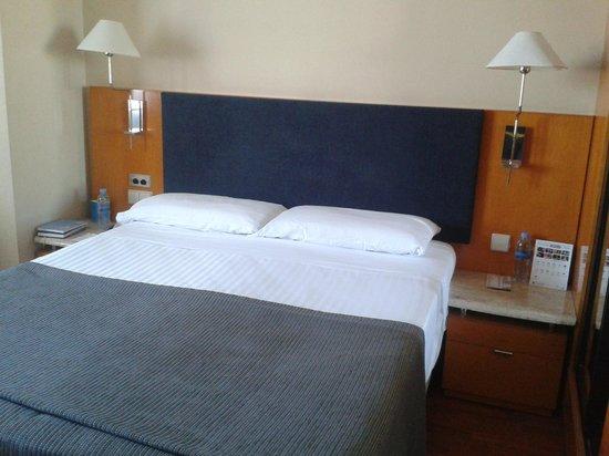 Hotel Villacarlos : letto