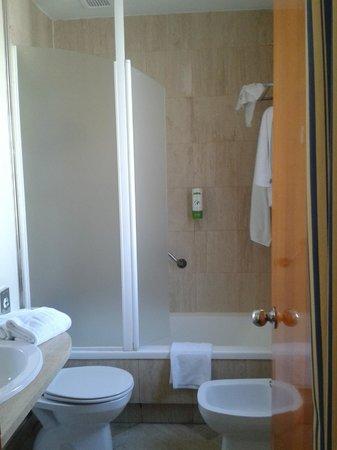 Hotel Villacarlos: bagno