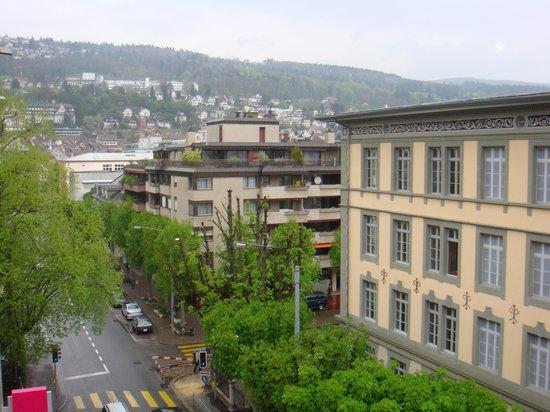 Mercure Plaza Biel: Вид из окна