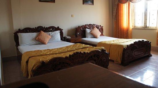Royal Hotel: My room
