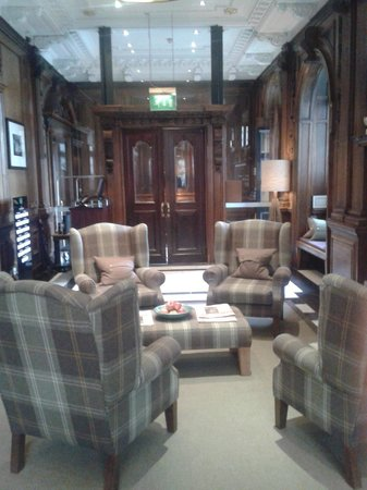 The Scotsman Hotel: lobby