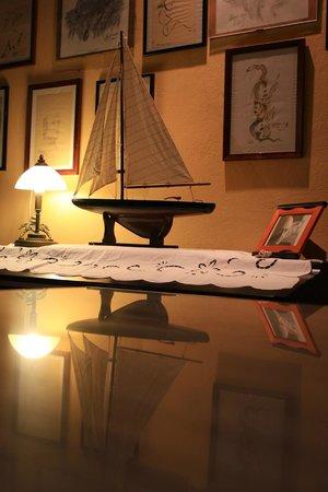 Lagoudera : Some elements of decoration