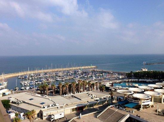 Renaissance Tel Aviv Hotel : Вид из номера.